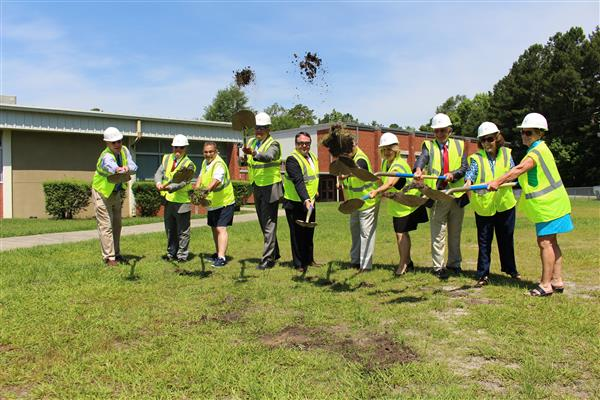 Groundbreaking ceremony at Lincoln Elementary